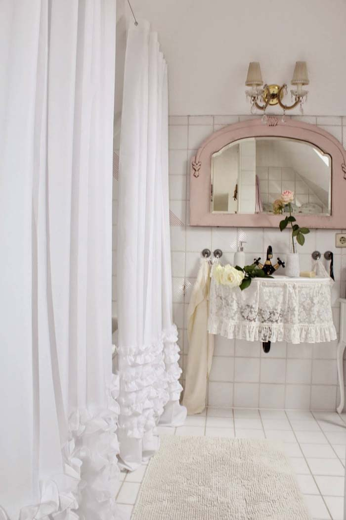 Pretty Ruffled Shower and Sink Curtains #shabbychic #bathroom #decorhomeideas