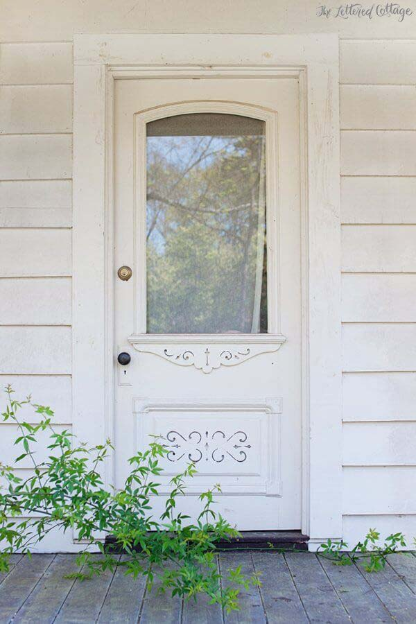 Pure And Pristine White Door With Planters #farmhouse #frontdoor #decorhomeideas
