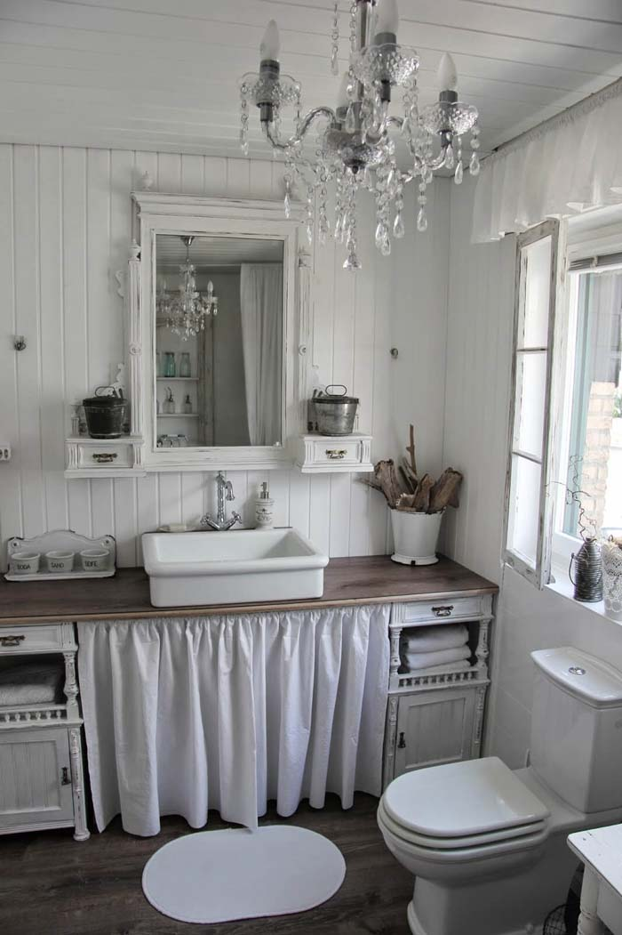 Shabby Chic Bathroom Design with Ruffle Details #shabbychic #bathroom #decorhomeideas