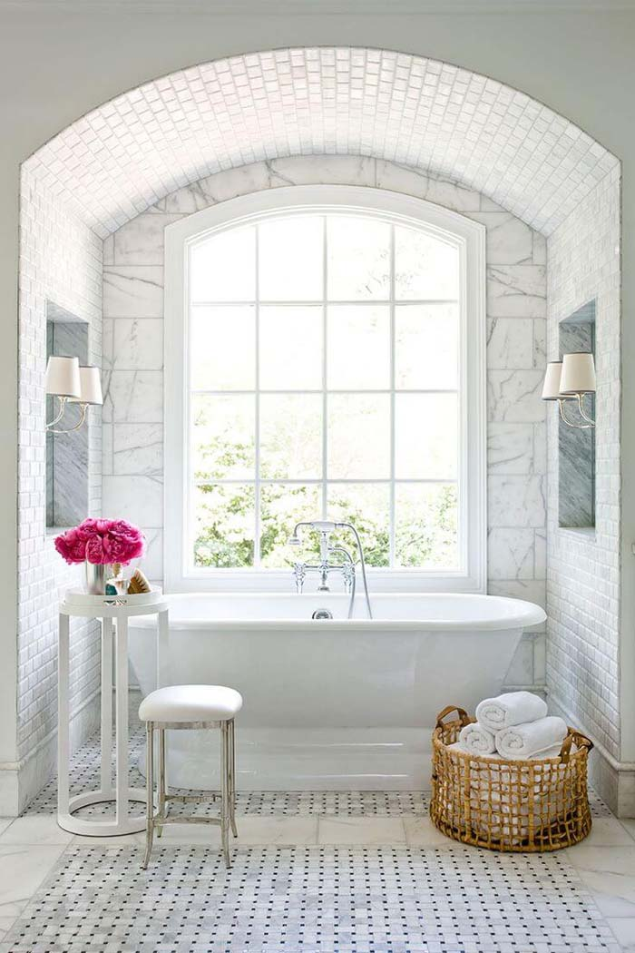 Tiled Bath Tub Nook with Window #shabbychic #bathroom #decorhomeideas