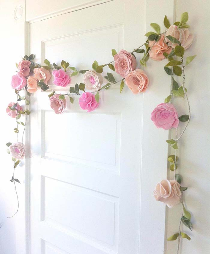 Whimsical Garland with Felt Flowers #floral #homedecor #decorhomeideas