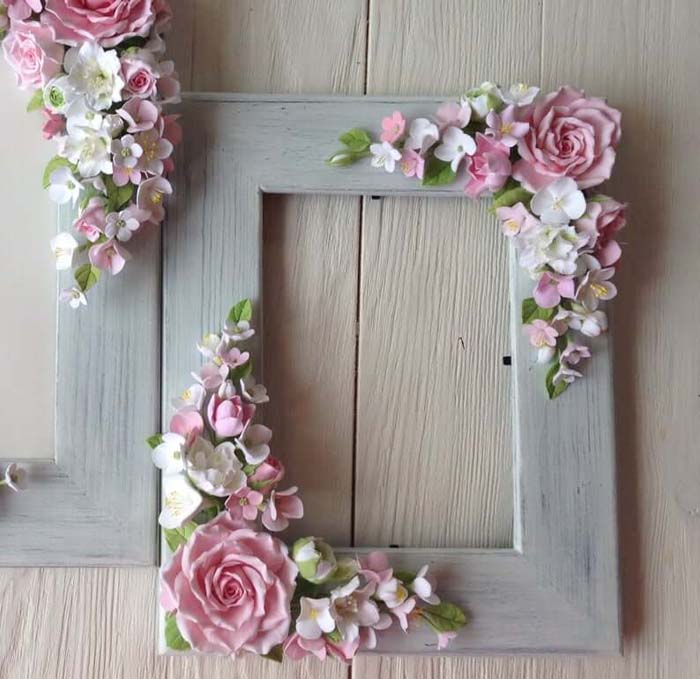 Wooden Frame with Polymer Clay Flower Embellishments #floral #homedecor #decorhomeideas
