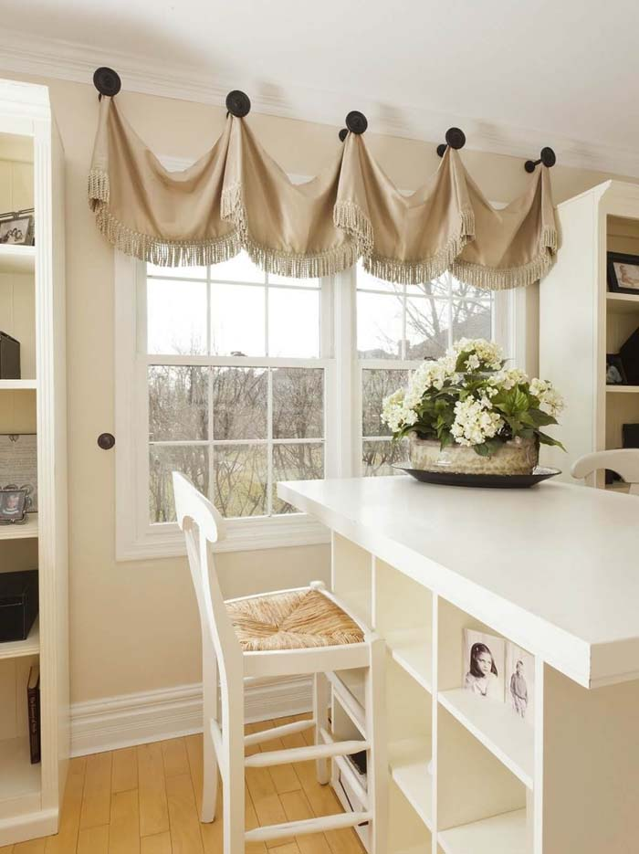 Fringed Valance Hung from Large Knobs #farmhouse #windowtreatments #decorhomeideas