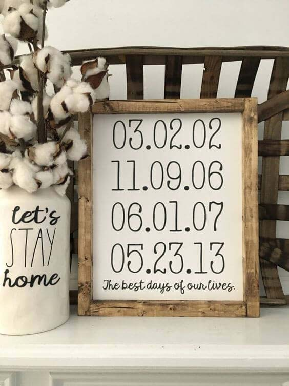 Rustic Wood Frames Dates to Remember #family #homedecor #decorhomeideas