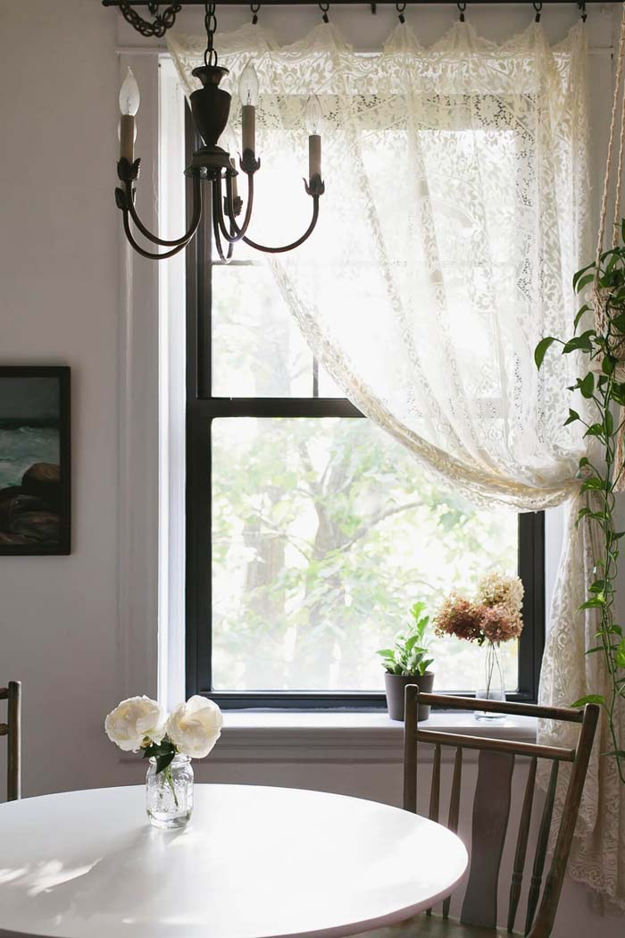 Side Gathered Lacy Curtains with Clips #farmhouse #windowtreatments #decorhomeideas