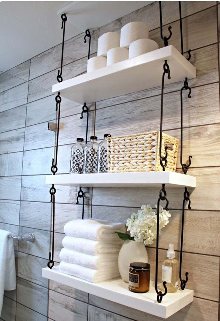 Hanging Shelves with Wrought Iron Hardware #rusticbathroom #rusticdecor #decorhomeideas