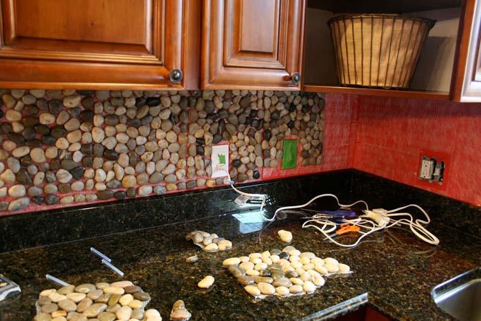 Make Your Backsplash the Kitchen Focal Point #homedecor #pebbles #rocks #decorhomeideas