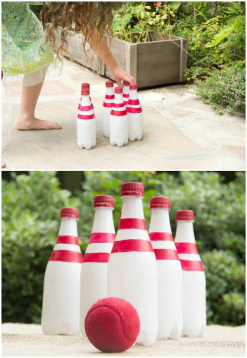 Bowling with Recycled Bottles #diybackyardgames #outdoorgames #decorhomeideas