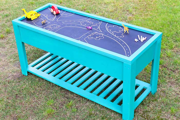 Pastel Table with Sand and Water Stations #backyardkidsgames #diybackyardgames #decorhomeideas