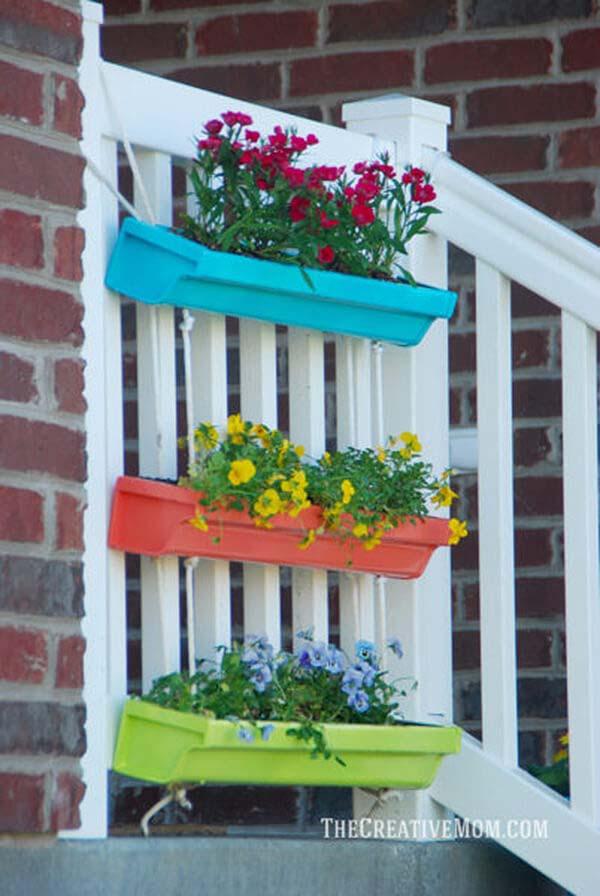 Colorful Gutter Garden Planters #gardenplanter #diygardenplanter #decorhomeideas