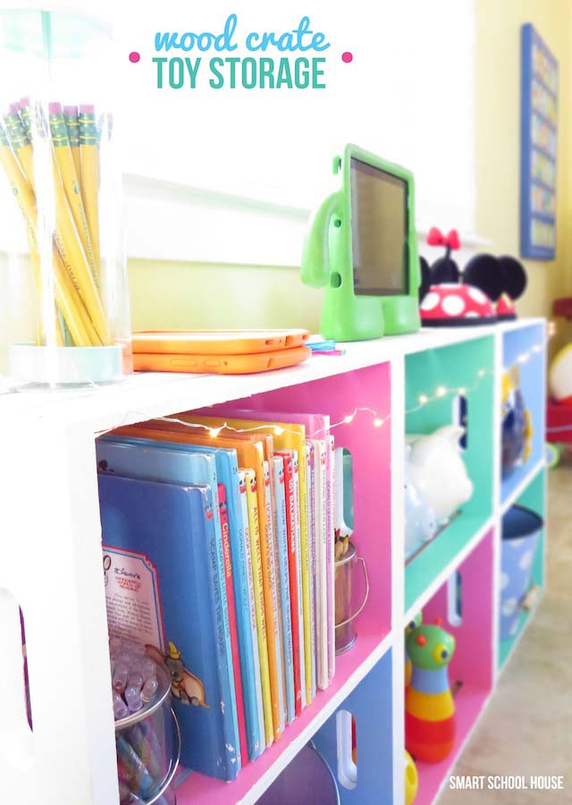 Decorative Storage for a Child's Room #diywoodcrateprojects #diywoodcrateideas #decorhomeideas