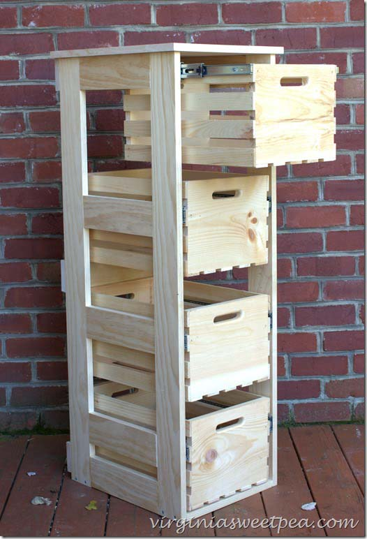 DIY Cabinet with Sliding Crate Drawers #diywoodcrateprojects #diywoodcrateideas #decorhomeideas