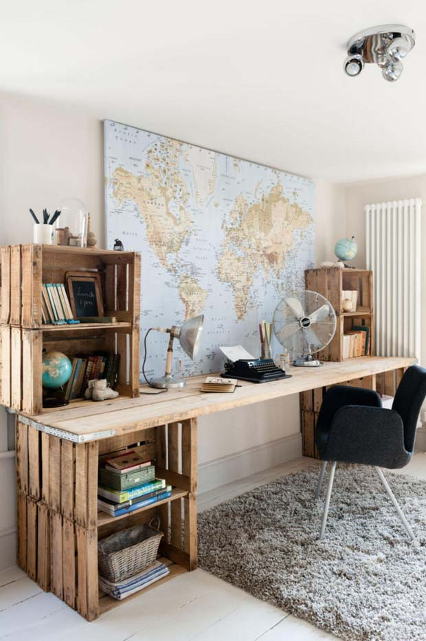 The Ultimate Upcycle: Wood Crate Desk #diywoodcrateprojects #diywoodcrateideas #decorhomeideas
