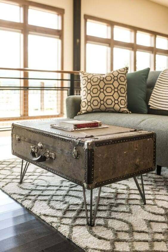 Upcycled Suitcase from Your Travels #trashtotreasure #decorhomeideas