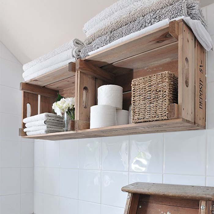 Use Crates to Expand Your Bathroom Shelves #diywoodcrateprojects #diywoodcrateideas #decorhomeideas