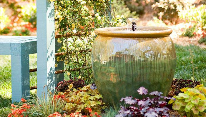 Beautiful Container Water Fountain #diywaterfountain #decorhomeideas