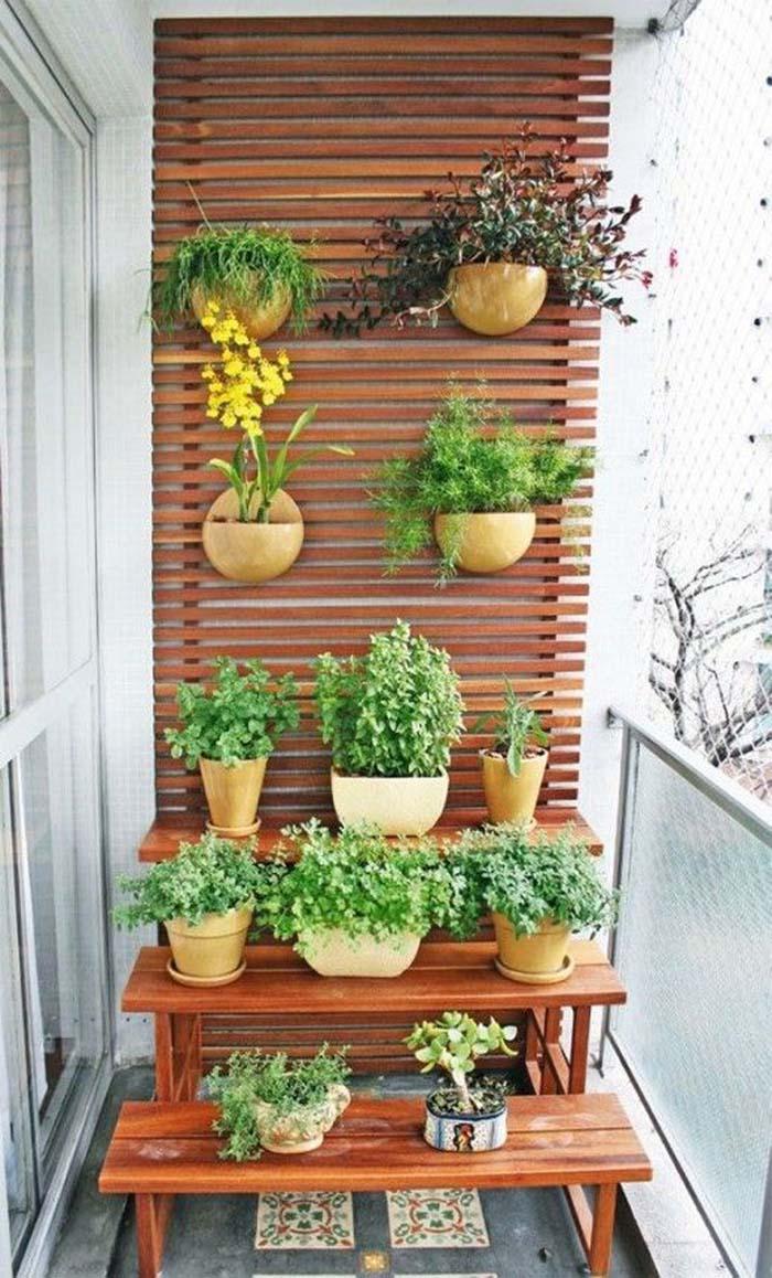 Highlighted Wood #balconygarden #decorhomeideas