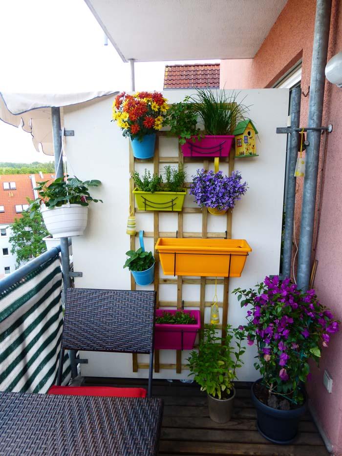 Semi-private #balconygarden #decorhomeideas