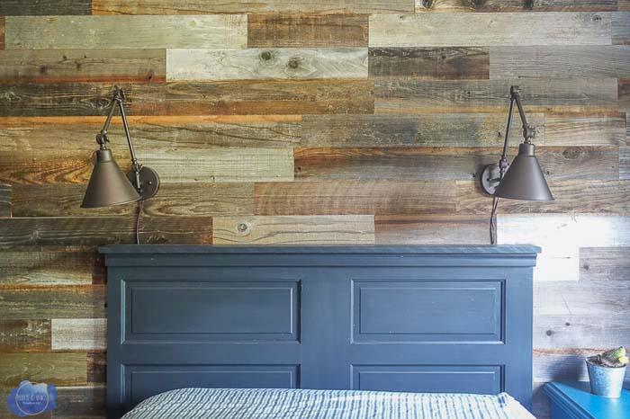 DIY Headboard from Old Wooden Door #repurpose #olddoors #decorhomeideas