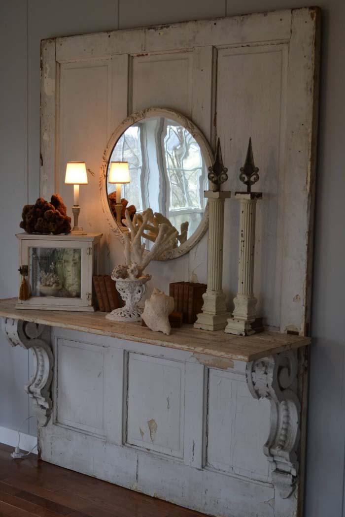 Elaborate Stable Door Display Shelf #repurpose #olddoors #decorhomeideas