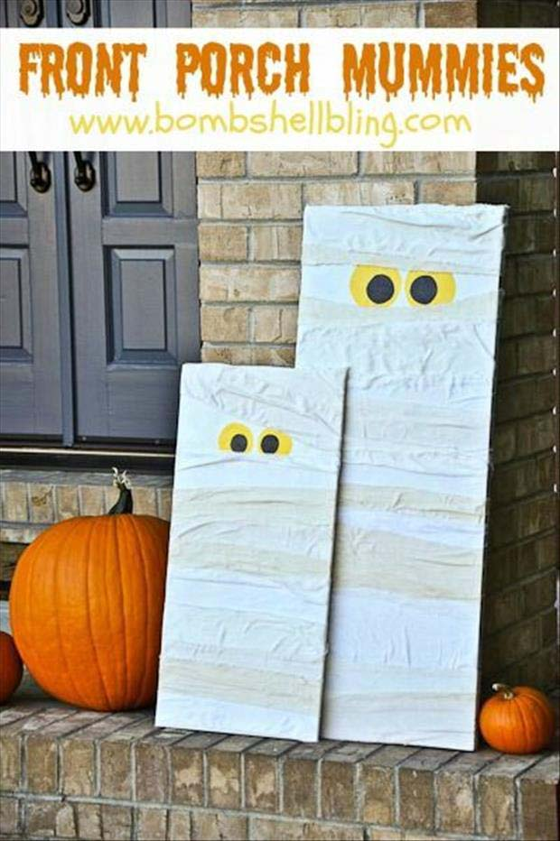 35. Please Stop and Play With Us #frontporch #halloween #decorhomeideas