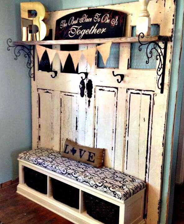 Stable Doors Shoe Bench and Coat Rack #repurpose #olddoors #decorhomeideas