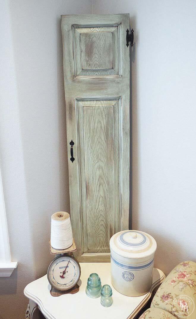 Upcycled Door into Faux Window Shutters #repurpose #olddoors #decorhomeideas