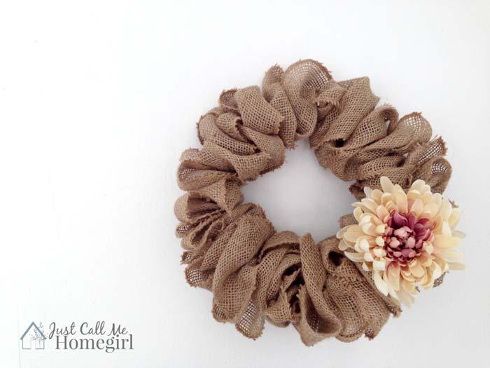 7. Burlap Wreath #dollarstore #falldecor #diy #decorhomeideas