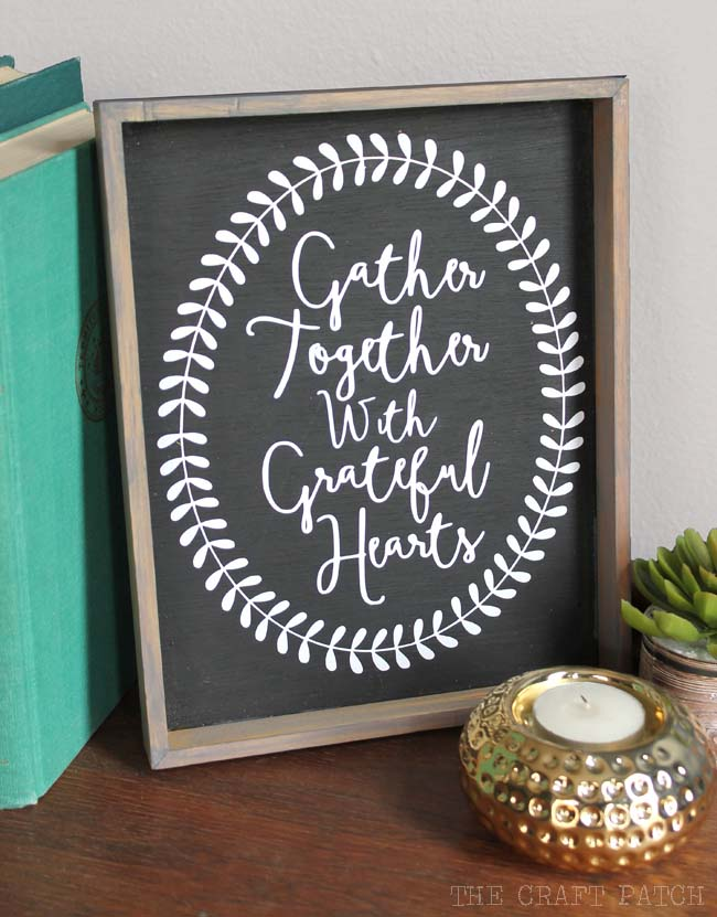 10. Printable Framed Welcoming Sign #thanksgiving #sign #decorhomeideas