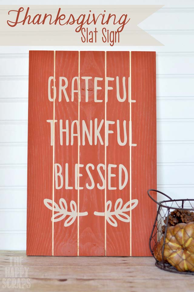 16. Simple Wooden Decoration with Hand Lettering #thanksgiving #sign #decorhomeideas